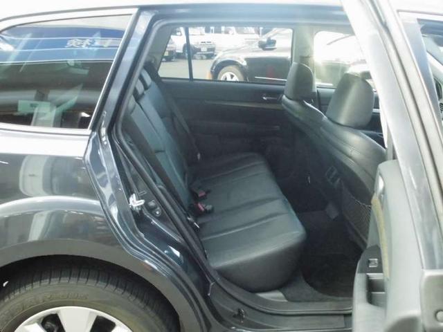 スバル アウトバック 2.5I アイサイト 4WD 寒冷地仕様 電動黒革シート