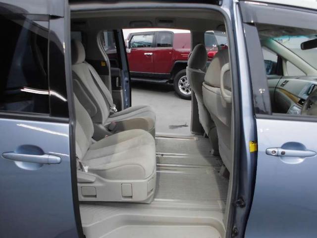 G 4WD 7人 ワンセグナビ 両側電動スライドドア(10枚目)