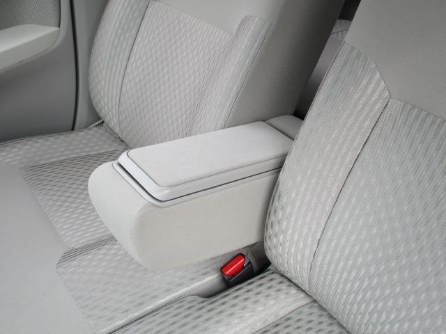 X SA 愛知県仕入4WD 禁煙車 衝突軽減システム スマートキー プッシュスタート USB ミュージックプレイヤー接続AUX CD再生オーディオ オートライト マットバイザー 純正14インチアルミホイール(27枚目)