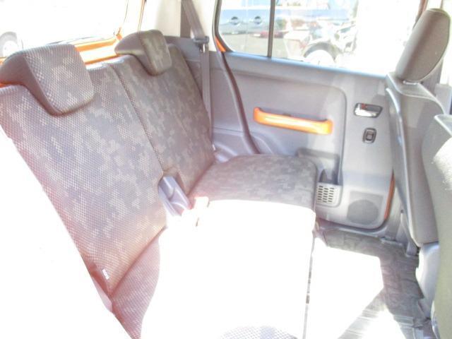 Fリミテッド 4WD SDナビ フルセグ CD DVD ブルートゥース バックカメラ 衝突被害軽減ブレーキ HIDライト オートライト シートヒーター(13枚目)