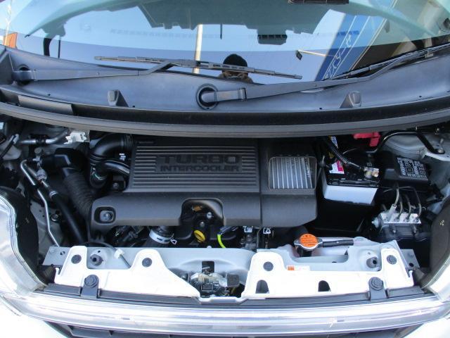 カスタムRS SA 4WD フルセグHDDナビ CD DVD ブルートゥース バックカメラ 衝突軽減システム LEDライト オートライト スマートキー 両側電動スライドドア  14インチアルミ サイドエアバッグ(4枚目)