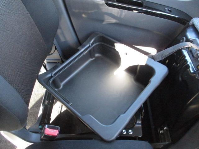 ハイウェイスターターボ アーバンセレクション 4WD フルセグナビ バックカメラ HDD CD DVD HIDライト フォグランプ オートライト 左電動スライドドア シートヒーター スマートキー 純正14インチアルミ(42枚目)