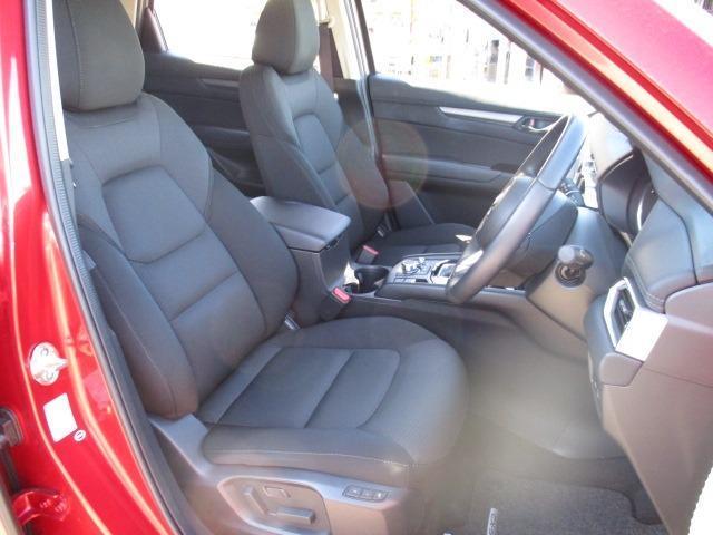 XD プロアクティブ 4WD フルセグナビ CD DVD SD ブルートゥース バックカメラ フリップダウンモニター 衝突軽減装置 追従クルコン ハンドルヒーター シートヒーター BSM LEDライト スマートキー(14枚目)