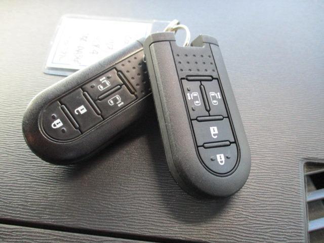 カスタムRS SAII 4WD! 衝突軽減装置システム ターボ車 両側自動スライドドア 純正SDナビ バックカメラ HDMI フルセグ USB接続 CD DVD再生 アイドリングストップ ステアリングリモコン(45枚目)