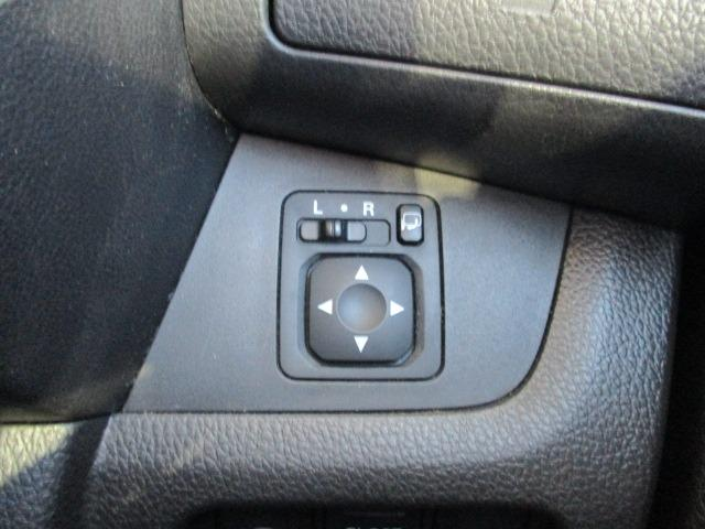 ハイウェイスター X 4WD! 禁煙車 衝突被害軽減装置 社外ナビ ETC アラウンドビューモニター バックカメラ Bluetooth フルセグ CD DVD アイドリングストップ 左電動スライドドア HIDライト フォグ(31枚目)