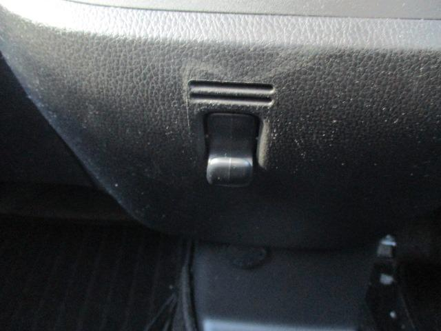ハイウェイスター X 4WD! 禁煙車 衝突被害軽減装置 社外ナビ ETC アラウンドビューモニター バックカメラ Bluetooth フルセグ CD DVD アイドリングストップ 左電動スライドドア HIDライト フォグ(36枚目)