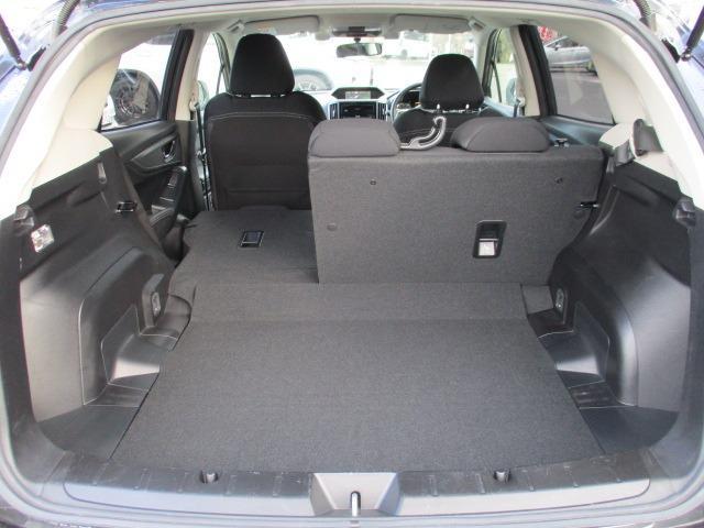 2.0i-Sアイサイト 4WD 衝突被害軽減システム プッシュスタート スマートキー SDナビ CD DVD再生 バックカメラ Bluetooth クルコン ETC LEDライト フォグ アイドリングストップ 純正アルミ(18枚目)