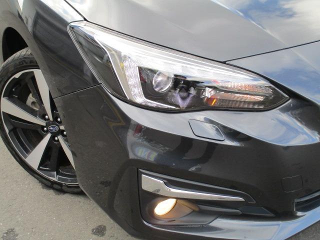 2.0i-Sアイサイト 4WD 衝突被害軽減システム プッシュスタート スマートキー SDナビ CD DVD再生 バックカメラ Bluetooth クルコン ETC LEDライト フォグ アイドリングストップ 純正アルミ(38枚目)
