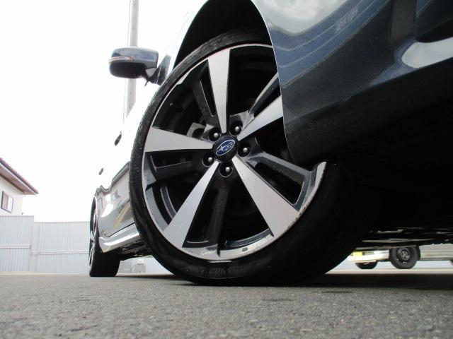 2.0i-Sアイサイト 4WD 衝突被害軽減システム プッシュスタート スマートキー SDナビ CD DVD再生 バックカメラ Bluetooth クルコン ETC LEDライト フォグ アイドリングストップ 純正アルミ(39枚目)