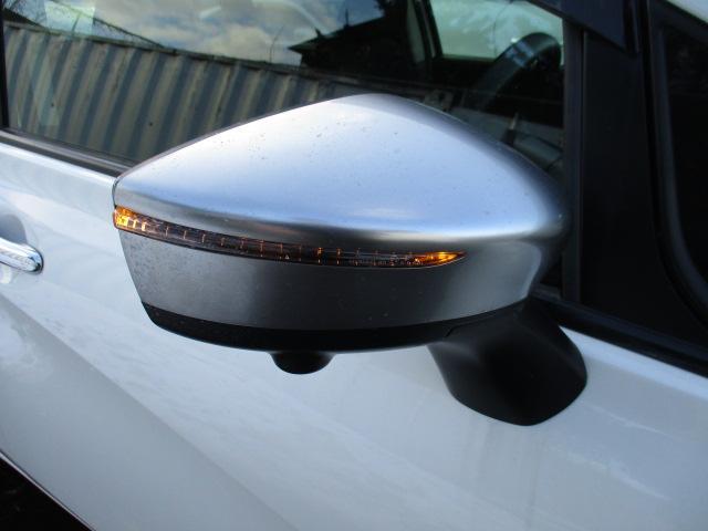 X FOUR モード・プレミア 切替4WD 衝突被害軽減装置 レーンアシスト 純正SDナビ CD DVD SD 全方位カメラ ETC スマートキー アイドリングストップ デジタルインナーミラー LEDライト オートエアコン(35枚目)