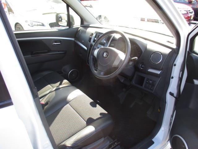 リミテッド 4WD 純正CDオーディオ バックカメラ HIDライト スマートキー プッシュスタート シートヒーター エンスタ ミラーヒーター(12枚目)