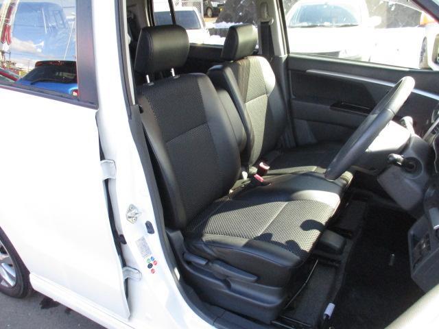 リミテッド 4WD 純正CDオーディオ バックカメラ HIDライト スマートキー プッシュスタート シートヒーター エンスタ ミラーヒーター(13枚目)