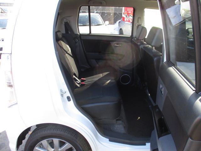 リミテッド 4WD 純正CDオーディオ バックカメラ HIDライト スマートキー プッシュスタート シートヒーター エンスタ ミラーヒーター(14枚目)