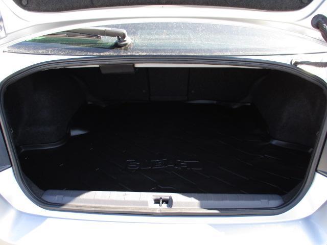 2.5i BスポーツアイサイトGパッケージ 4WD 衝突被害軽減装置 純正HDDナビ フルセグ CD DVD SD Bluetooth バックカメラ HIDライト ハーフレザーシート スマートキー パドルシフト リアフォグ コーナーセンサー(22枚目)