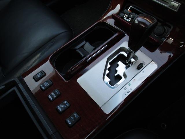 Cタイプ Fパッケージ スーパーチャージャー 340馬力 サンルーフ エアサス 革シート シートヒーター サンシェード バックカメラ ドライブレコーダー ETC シートメモリー CD DVD MD(39枚目)