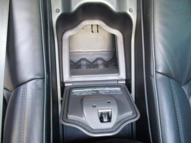 Cタイプ Fパッケージ スーパーチャージャー 340馬力 サンルーフ エアサス 革シート シートヒーター サンシェード バックカメラ ドライブレコーダー ETC シートメモリー CD DVD MD(54枚目)
