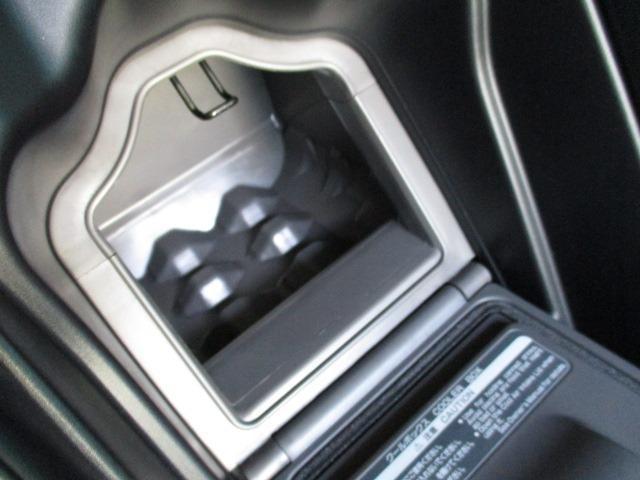 Cタイプ Fパッケージ スーパーチャージャー 340馬力 サンルーフ エアサス 革シート シートヒーター サンシェード バックカメラ ドライブレコーダー ETC シートメモリー CD DVD MD(55枚目)