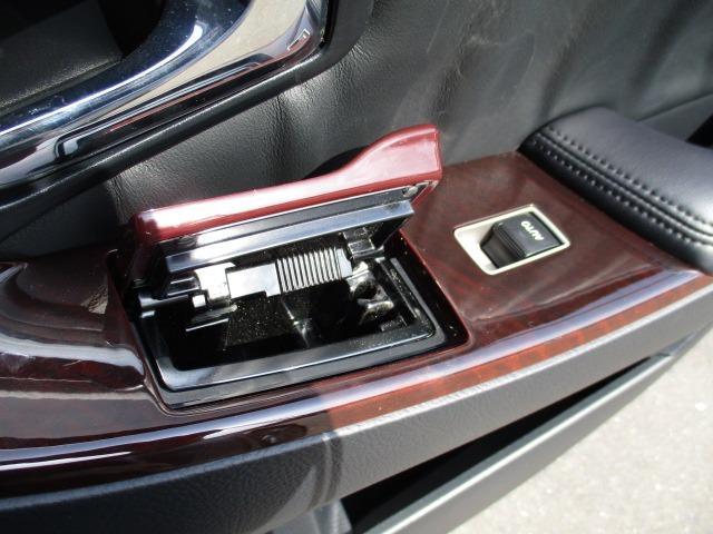 Cタイプ Fパッケージ スーパーチャージャー 340馬力 サンルーフ エアサス 革シート シートヒーター サンシェード バックカメラ ドライブレコーダー ETC シートメモリー CD DVD MD(57枚目)