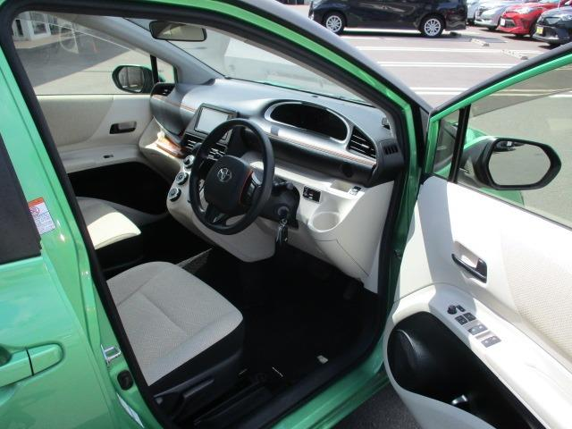 X 4WD! 寒冷地仕様 SDナビ エンジンスターター フルセグ コーナーセンサー 左側自動スライドドア BLUETOOTHオーディオ 16インチアルミホイール CD DVD再生 ミュージックサーバー(11枚目)