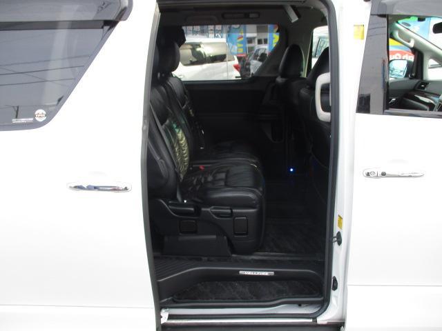 3.5Z 4WD 社外HDDナビ フルセグ バックカメラ CD DVD フリップダウンモニター 両側電動スライドドア クリアランスソナー 寒冷地仕様(14枚目)