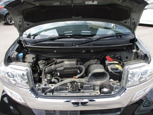 G ターボSSパッケージ 4WD 衝突被害軽減装置 両側電動スライドドア プッシュスタート スマートキー SDナビ CD DVD再生 フルセグバックカメラ Bluetooth ETC シートヒーター パドルシフト ステリモ(4枚目)