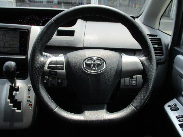 Si 4WD 寒冷地仕様 左側電動スライドドア HDDナビ CD DVD再生 バックカメラ Bluetooth HIDヘッドライト フォグ プッシュスタート スマートキー パドルシフト 17インチアルミ(25枚目)