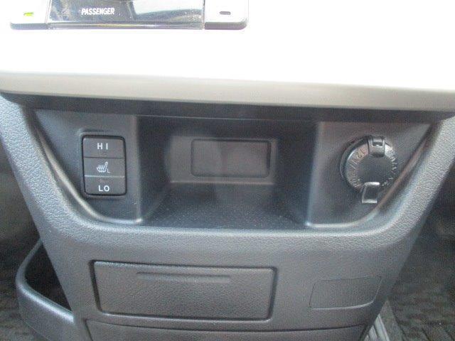Si 4WD 寒冷地仕様 左側電動スライドドア HDDナビ CD DVD再生 バックカメラ Bluetooth HIDヘッドライト フォグ プッシュスタート スマートキー パドルシフト 17インチアルミ(36枚目)
