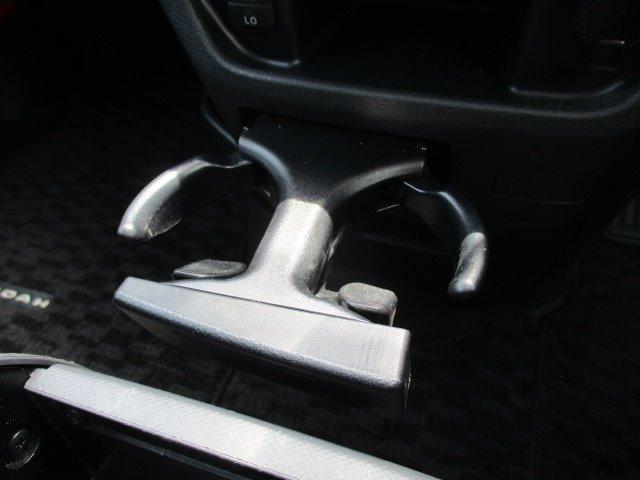 Si 4WD 寒冷地仕様 左側電動スライドドア HDDナビ CD DVD再生 バックカメラ Bluetooth HIDヘッドライト フォグ プッシュスタート スマートキー パドルシフト 17インチアルミ(37枚目)
