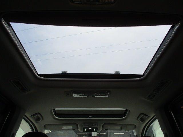 Si 4WD 寒冷地仕様 左側電動スライドドア HDDナビ CD DVD再生 バックカメラ Bluetooth HIDヘッドライト フォグ プッシュスタート スマートキー パドルシフト 17インチアルミ(44枚目)