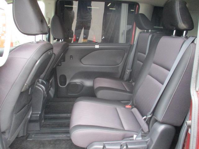 ハイウェイスター 4WD 衝突被害軽減装置 レーンアシスト 追従クルコン 純正9インチSDナビ フルセグ CD DVD Bluetooth 全方位カメラ ETC 両側電動スライドドア スマートキー プッシュスタート(19枚目)