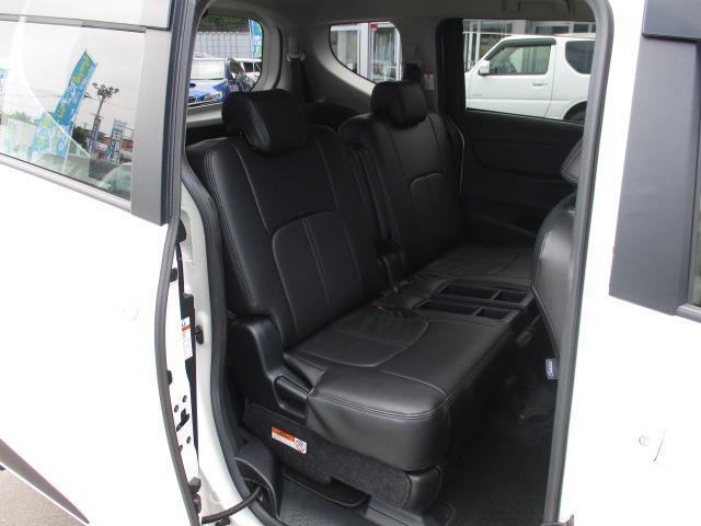G 4WD 両側電動スライドドア SDナビ フルセグTV ドライブレコーダー ETC バックカメラ BLEUTOOTH接続 CD DVD再生 ミュージックサーバー LEDヘッドランプ 衝突軽減装置(17枚目)