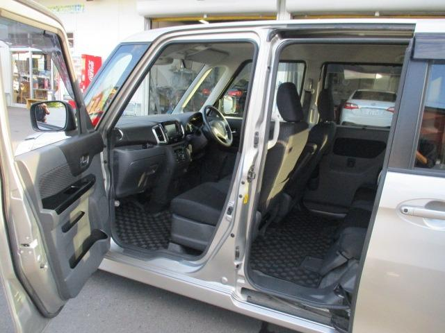 TS 4WD 両側自動スライドドア 衝突軽減装置 ETC CD DVD再生 地デジ HIDヘッドライト フォグランプ ミラーヒーター ドライブレコーダー BLUETOOTHオーディオ アイドリングストップ(22枚目)