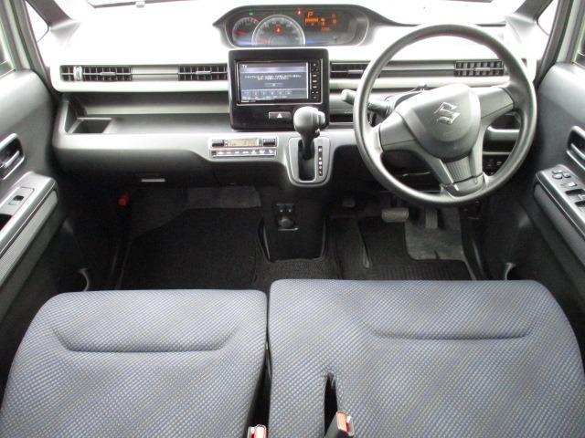 ハイブリッドFX 4WD 禁煙車 ヘッドアップディスプレイ ハロゲンライト 衝突被害軽減装置 シートヒーター 純正SDナビ CD DVD バックカメラ オートハイビーム オートエアコン(4枚目)