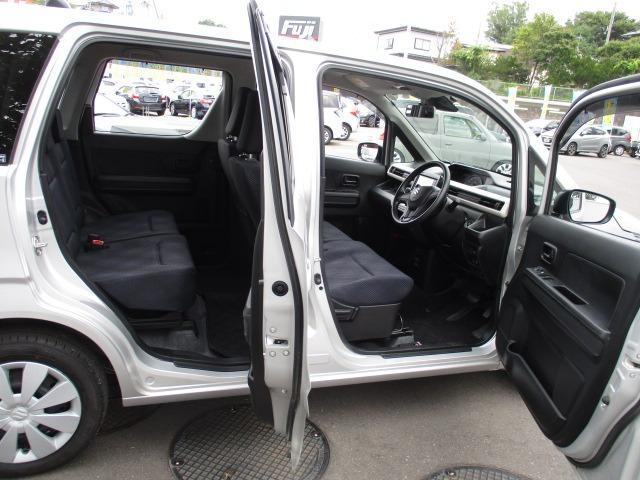ハイブリッドFX 4WD 禁煙車 ヘッドアップディスプレイ ハロゲンライト 衝突被害軽減装置 シートヒーター 純正SDナビ CD DVD バックカメラ オートハイビーム オートエアコン(18枚目)