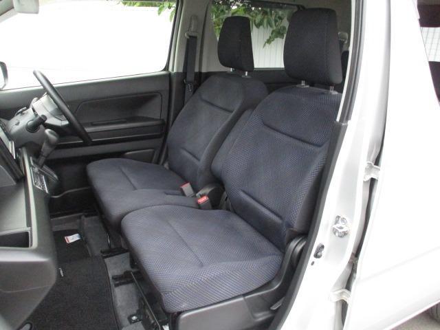 ハイブリッドFX 4WD 禁煙車 ヘッドアップディスプレイ ハロゲンライト 衝突被害軽減装置 シートヒーター 純正SDナビ CD DVD バックカメラ オートハイビーム オートエアコン(20枚目)