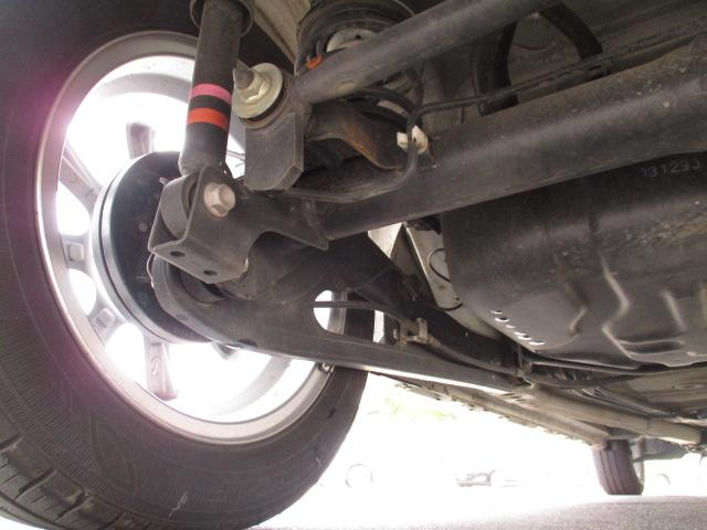 ハイブリッドFZ 4WD 衝突被害軽減装置 レーンキープアシスト ヘッドアップディスプレイ LEDヘッドライト SDナビ CD DVD再生 ワンセグ ステアリングリモコン プッシュスタート スマートキー 純正アルミ(35枚目)