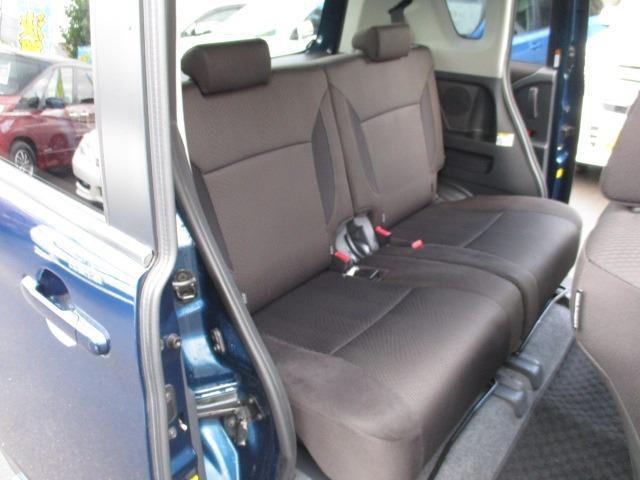 S 4WD 両側電動スライドドア 冬タイヤ付 社外SDナビ 地デジ バックカメラ CDDVD シートヒーター HIDヘッドライト フォグライト スマートキー オートライト 電動格納ミラー プッシュスタート(17枚目)