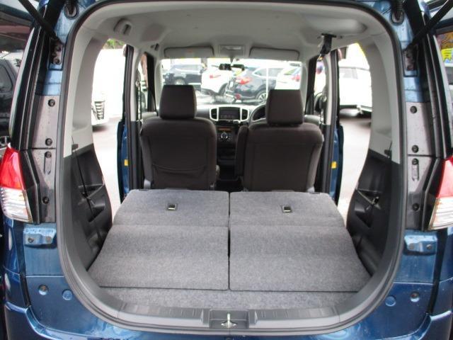 S 4WD 両側電動スライドドア 冬タイヤ付 社外SDナビ 地デジ バックカメラ CDDVD シートヒーター HIDヘッドライト フォグライト スマートキー オートライト 電動格納ミラー プッシュスタート(19枚目)