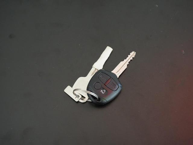 S スライド 電動スライドドア キーレス ベンチシート LEDテール イモビライザー レベライザー CD エアバック エアコン 禁煙車(4枚目)