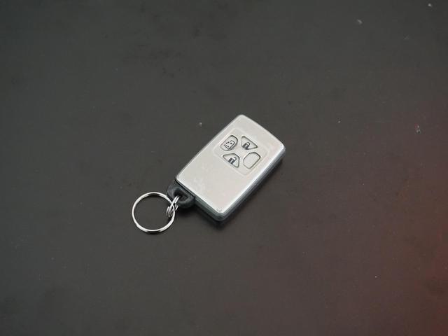 240X HDDナビ Wサンルーフ 後席用モニター スマートキー プッシュスタート バックカメラ HID オートライト 電動スライドドア ETC DVD再生 LEDテール Cセンサー ESC 禁煙車(5枚目)