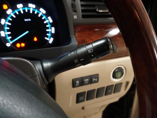 240X HDDナビ Wサンルーフ 後席用モニター スマートキー プッシュスタート バックカメラ HID オートライト 電動スライドドア ETC DVD再生 LEDテール Cセンサー ESC 禁煙車(11枚目)