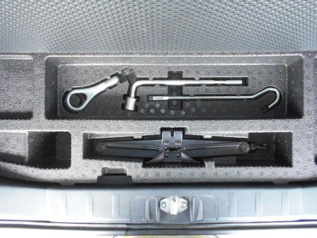 カスタムG アイドリングストップ HIDライト フォグライト 社外オーディオ 純正14インチアルミホイール 手動リフター スマートキー ウインカー付き電動ドアミラー プライバシーガラス フロアマット(48枚目)