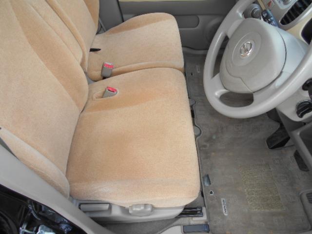 E 車検整備付 スマートキー ワンオーナー車 ベンチシート 運転席手動シートリフター フロアマット ドアバイザー プライバシーガラス チルト機構(15枚目)