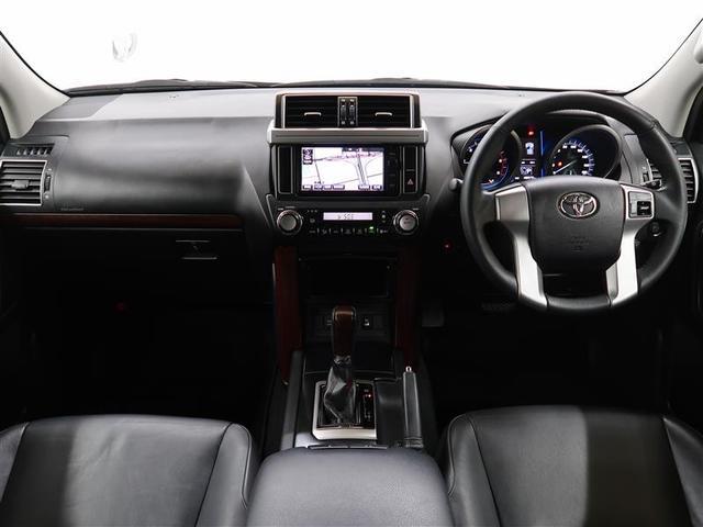 TX Lパッケージ 革シート サンルーフ 4WD フルセグ DVD再生 バックカメラ ETC LEDヘッドランプ 乗車定員7人 3列シート ワンオーナー 記録簿 ディーゼル(3枚目)