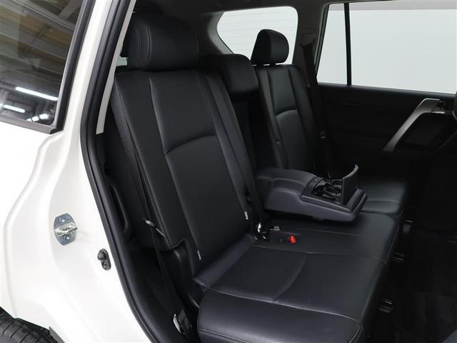 TX Lパッケージ 革シート サンルーフ 4WD フルセグ DVD再生 バックカメラ ETC LEDヘッドランプ 乗車定員7人 3列シート ワンオーナー 記録簿 ディーゼル(8枚目)