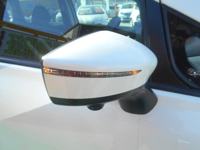 ドアミラーウィンカー付。見た目もいいんですが、周りの車に「ウィンカー&ハザード」をアピールする安全装備でもあります。歩行者からも見やすく、右左折時の事故防止にも役立ちます!独自ローンあります☆