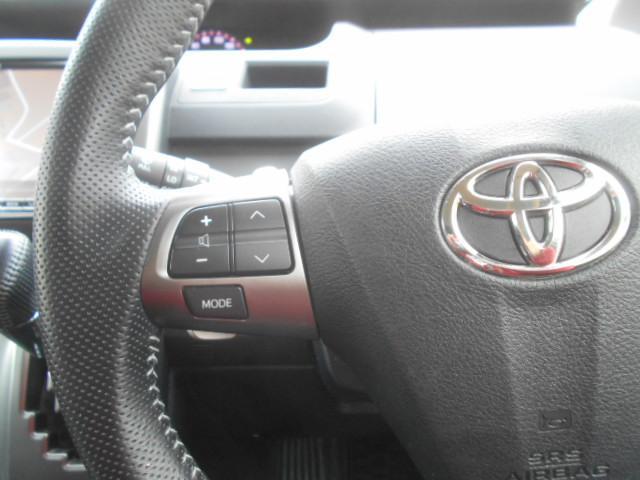 ステアリングスイッチ付き。ハンドル部分にオーディオ操作ができるスイッチが装備されています。視線をそらさず操作を行えますので、安全運転にもつながりますね。独自ローン有ります!0120-18-1190♪