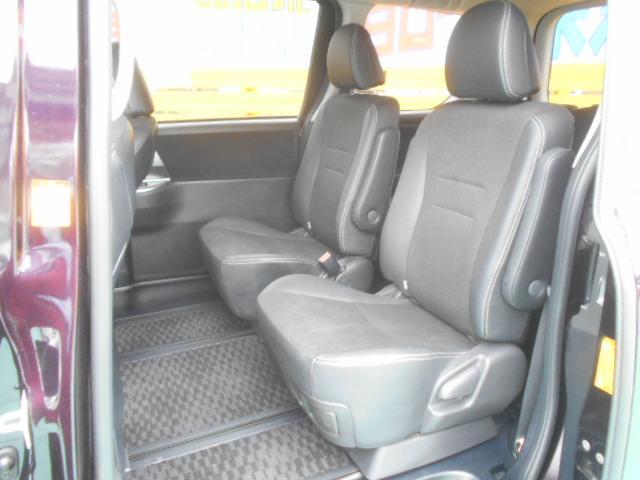☆内装美車☆ダッシュボードもシートも当然キレイ・清潔に仕上げております。内装のキレイなお車は気持ちがいいですし、コンディションのいい車が多いんです。独自ローン有ります!0120-18-1190♪