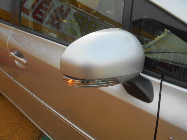 S 純正SDナビ フルセグ DVDビデオ Bluetooth バックカメラ ステアリングスイッチ スマートキー ETC オートエアコン オートライト 純正16インチアルミ プッシュスタート(15枚目)