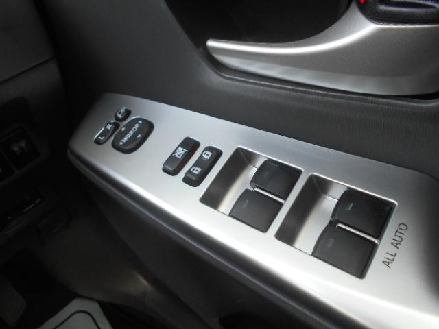 S 純正SDナビ フルセグ DVDビデオ Bluetooth バックカメラ ステアリングスイッチ スマートキー ETC オートエアコン オートライト 純正16インチアルミ プッシュスタート(17枚目)